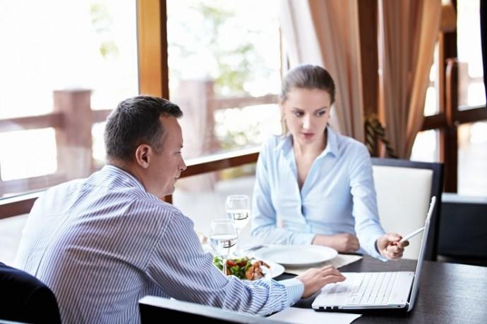 """Обучение """"Бизнес етикет за професионалисти: маниери на масата и протокол"""""""