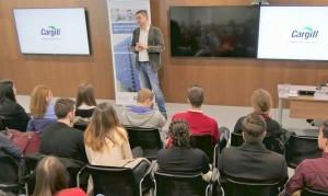 За първи път центърът за споделени услуги на Cargill отвори врати за студенти и медии